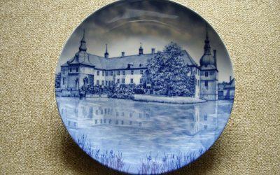 plate, decorative plate, porcelain