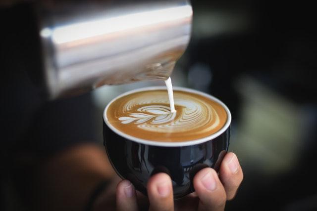 La préparation du Cappuccino